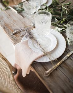 8 Winter Wedding Decor Trends You Can Plan for Now