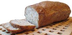 Dette blir et kjempegodt og saftig brød, og kun 195 kcal pr. 100 gram. Ingredienser 1 pk semper grov mix 25 g gjær 4,5–5 dl vann 1 ss fiberhusk 2 ss linfrø 1 stk raspet gulrot 2 ss solsikkeolje, el... Banana Bread, Baking, Desserts, Food, Bread Making, Meal, Patisserie, Backen, Deserts
