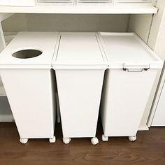 女性で、4LDKの背面収納/マイホーム/掃除/ホワイト化/キッチン収納/整理整頓…などについてのインテリア実例を紹介。(この写真は 2017-03-18 12:07:30 に共有されました)