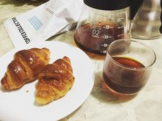Rainy Saturday morning breakfast. Coffee & Croissant  #thecoffeecollective #aeropress #hario #coffee #coffeeaddict #homebarista #caffeinedaily #coffee #croissant http://ift.tt/20b7VYo