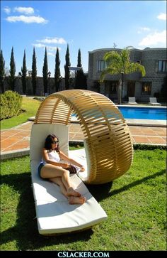 omg this chairs sooo cool (: