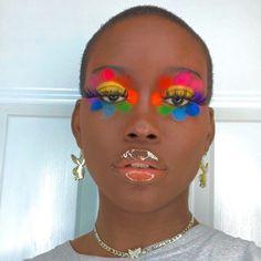 A bomb flower makeup look 💄 Cute Makeup Looks, Makeup Eye Looks, Eye Makeup Art, Pretty Makeup, Beauty Makeup, Indie Makeup, Edgy Makeup, Makeup Inspo, Makeup Inspiration