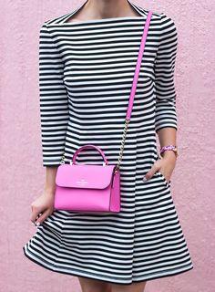 Sunday's Inspiration: Mini Bags Besugarandspice waysify handmade leather handbags Pink Handbags, Kate Spade Handbags, Kate Spade Bag, Leather Handbags, Ladies Handbags, Summer Handbags, Casual Chic, Look Fashion, Womens Fashion