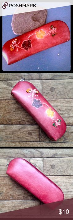 Leather eyeglasses case Burgundy leather with three dimensional butterflies and tropical flowers.  Appears to be handmade. Top zip. Like new! unknown Accessories