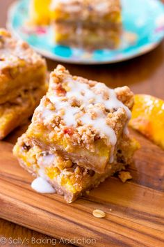 Peaches 'n Cream Bars - enjoy fresh summer peaches in these creamy, juicy bars.  Brown sugar crust topped with peach filling, brown sugar streusel and vanilla glaze. Easy to make!  sallysbakingaddiction.com #BHGSummer