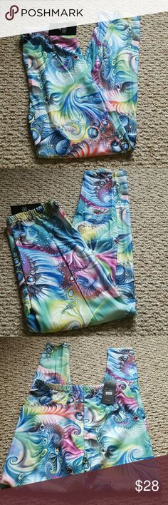 JULIA NWT LEGGINGS What a colorful pair of leggings for summer and into fall green and blue abstract silk blended leggings size S/M NEW WITH TAGS julia Pants Leggings