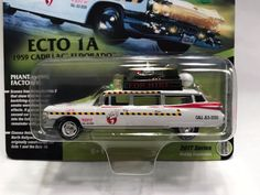 1:64 Johnny Lightning – Silver Screen Machine Ghostbusters Ecto 1a '59 Cadillac #JohnnyLightning #Chevrolet