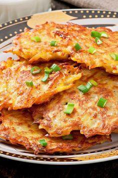 Crispy German Potato Pancakes - Pahl's Market - Apple Valley, MN - Awesome Food and Recipes - Patato Side Dish Recipes, Vegetable Recipes, Vegetarian Recipes, Cooking Recipes, Healthy Recipes, Healthy Desserts, Potato Side Dishes, Vegetable Dishes, Vegetable Pancakes