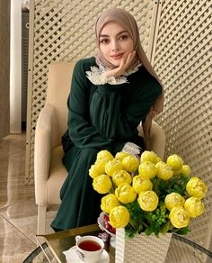 #Afreen!!! Hijab Makeup, Profile Picture For Girls, Girl Pictures, High Neck Dress, Face, Model, Beauty, Dresses, Fashion