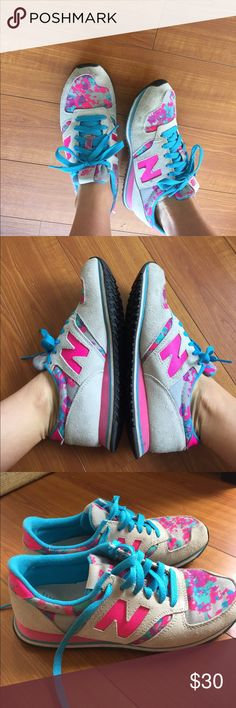 New balance 420 sneakers New balance 420 sneakers Size 7. Used condition. Super cute! New Balance Shoes Sneakers