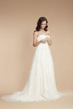 Stil & Schnitt | Der RosaRote Brautsalon