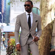 The Best Street Style Inspiration & More Details That Make the Difference Sharp Dressed Man, Well Dressed Men, Mens Fashion Suits, Mens Suits, Street Style Inspiration, Fashion Inspiration, Style Costume Homme, Traje Casual, Moda Formal