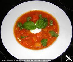 Kürbis - Tomaten - Suppe, ein leckeres Rezept aus der Kategorie Winter. Bewertungen: 7. Durchschnitt: Ø 3,9.