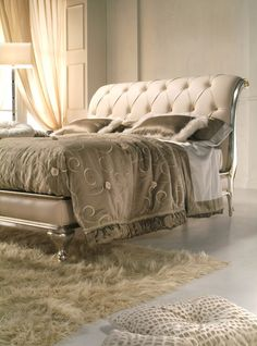Luxury Bedroom Furniture For An Elegant Bedroom.......