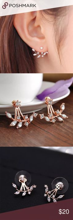 Double sided rose gold & crystal leaf earrings One pair of double sided rose gold and crystal leaf earrings - great for spring . Material: Alloy and crystal. Size: 2.5 cm x 3 cm. Adjustable. Jewelry Earrings