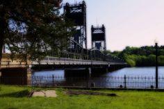 Spring Morning-Orton effect Tower Bridge, Minnesota, Spring, Travel, Viajes, Trips, Tourism, Traveling