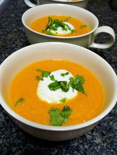 Butternut Squash Soup ~ with Roasted Red Peppers ... #healthy #reco[e