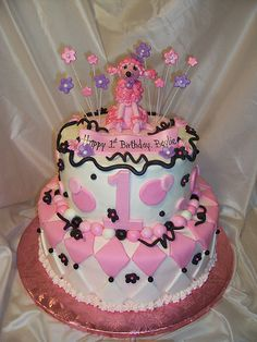 Pink Poodle in Paris cake