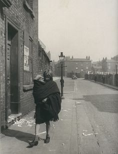 Young mother carries her child in a shawl, Liverpool,  Haywood Magee, Daily Herald Archive, National Media Museum Collection / SSPL