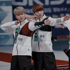 The Hunger Games -jikook Taehyung, Jimin Jungkook, Bts Bangtan Boy, Namjoon, Busan, Foto Bts, K Pop, Otp, Bts Maknae Line