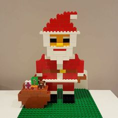 Here you can see Santa Claus from LEGO® Duplo, who from BRICKaddict. - Here you can see Santa from LEGO® Duplo, who told us about BRICKaddict. Lego Disney, Lego Christmas, Christmas Time, Christmas Crafts, Father Christmas, Holiday, Lego Minecraft, Lego Lego, Minecraft Buildings