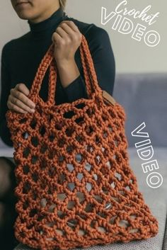 Beach Bag Tutorials, Crochet Bag Tutorials, Crochet Videos, Crochet For Beginners, Crochet Crafts, Crochet Patterns, Sewing Tutorials, Sewing Patterns, Diy Crafts