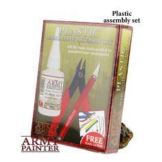 Inhalt:         Seitenschneider für Plastik, Bastelmesser und Plastikkleber.