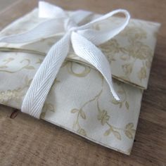 10 pcs  4x6   cotton gift bags with cream french by WorldOfWillows