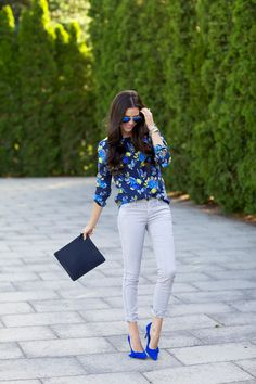 46 Boho Street Style Ideas That Will Make You Look Great - Global Outfit Experts Blue Heels Outfit, Heels Outfits, Casual Outfits, Cute Outfits, Outfits With Blue Shoes, Classic Outfits, Office Outfits, Work Outfits, Electric Blue Shoes