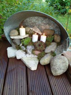 Zinkwanne terassendeko Maybe replace the candles with fairy garden thjngs … Garden Crafts, Garden Projects, Diy Garden, Garden Ideas, Garden Pots, Dream Garden, Home And Garden, Outdoor Projects, Outdoor Decor