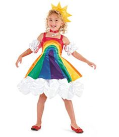 A Perfect costume for my rainbow-lover Abby!  Over the rainbow costume@Chasing-Fireflies
