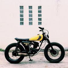 Honda brat – Pin to pin Street Fighter Motorcycle, Tracker Motorcycle, Cafe Racer Motorcycle, Moto Bike, Motorcycle Design, Yamaha Cafe Racer, Honda Scrambler, Yamaha Bikes, Honda Motorcycles