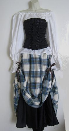 This is perfect for Harvest Festival!!!!! Renaissance Fair Lady Costume Made to Order by IlonkaDesigns, $160.00