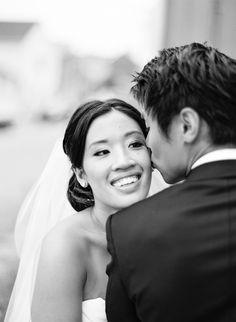 Photography: Vicki Grafton Photography - vickigraftonphotography.com  Read More: http://www.stylemepretty.com/2014/06/23/classic-black-white-ritz-carlton-wedding/