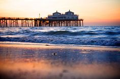 Los Angeles may be one city, but it is home to many beaches! These eight beaches are sure to delight during your next trip to the USA! San Diego, Usa Cities, Malibu Beaches, City Lights, South Beach, Travel Destinations, The Neighbourhood, Urban, Explore