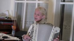Finnish Folk Music for TRT Turk program 1 Susan Aho and Panu Helke are playing Finnish Folk Music in NEFES practice for TRT TURK program Tuudittele tuuli mun pientä venhoain composer unknown