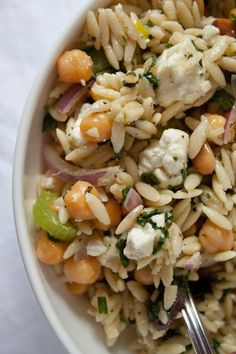 orzo chickpea feta salad....think ill forget the chickpeas and add chicken