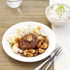 Bloemkool, gehakte biefstuk en Pandanrijst met Oosterse champignonsaus