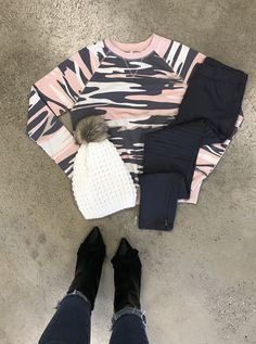 Stay cozy and pretty In pink in this must have camo crew neck💗💞 Boutique Shop, Fashion Boutique, Pretty In Pink, Must Haves, Camo, Black Jeans, Crew Neck, Pants, Camouflage