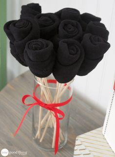 Dress socks are a classic Fathers Day gift, but this project takes them to new heights. Learn how to make an adorable sock bouquet Dad is sure to love!