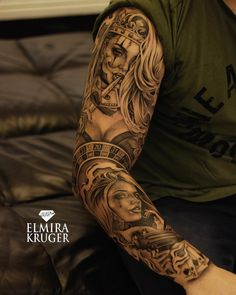Day Of the Died Hand Tattoos — Hand Tattoos Design Chicano Tattoos Sleeve, Best Sleeve Tattoos, Tattoo Sleeve Designs, Skull Tattoos, Arm Tattoo, Body Art Tattoos, Clown Tattoo, Inca Tattoo, Hand Tattoos Pictures