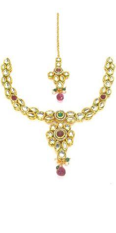 Gleaming Golden Kundan Necklace Set.