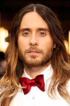 never shave-this scruff is giving me life— Jared Leto