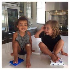 North West et Penelope le 9 juillet 2015