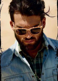 How beautiful is this man rocking the sunglasses cab75da6d6fbc