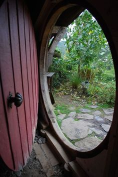 maybe someday in a backyard guest house we could have a round door!