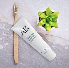 #ap24 #whiteningtoothpaate #toothpastebusiness Natural Hair Treatments, Skin Treatments, Hair Boost, Whitening Fluoride Toothpaste, Remover Manchas, Natural Moisturizer, Natural Cosmetics, Natural Skin Care, Biodegradable Products