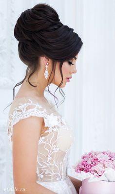 Featured Updo Wedding Hairstyle: Elstile; www.elstile.ru #weddinghairstyles