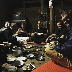 #TrainerTrack Tag 7: Enjoying a delicious traditional meal in the kareen village. #backtothebasics #kikidan #chrismulzer #nlp #bestholiday