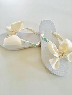 50c61e020 Bridal Flip Flops. Wedding Flip Flops. Wedding Shoes. Bridesmaid Shoes. Bridal  Shoes. Beach Wedding Shoes. Bowed Flip Flops. Starfish